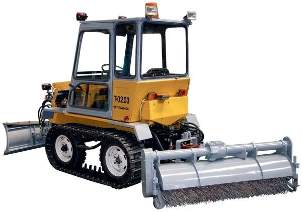 Малогабаритный универсальный колесно-гусеничный трактор Т-0,2.03.2-1 УРАЛЕЦ